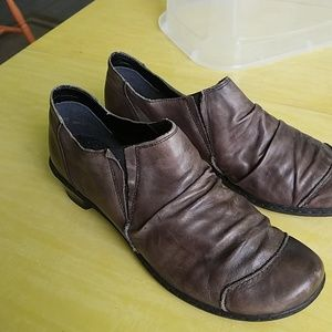 Rieker 41 (10) Brown Scruntchy Leather Shoes